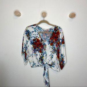 Love stitch floral center tie v neck blouse